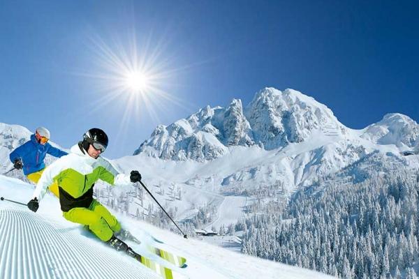 winter-skifahren9110AE87-53C0-8ECF-D7F5-46C8A664D9B5.jpg